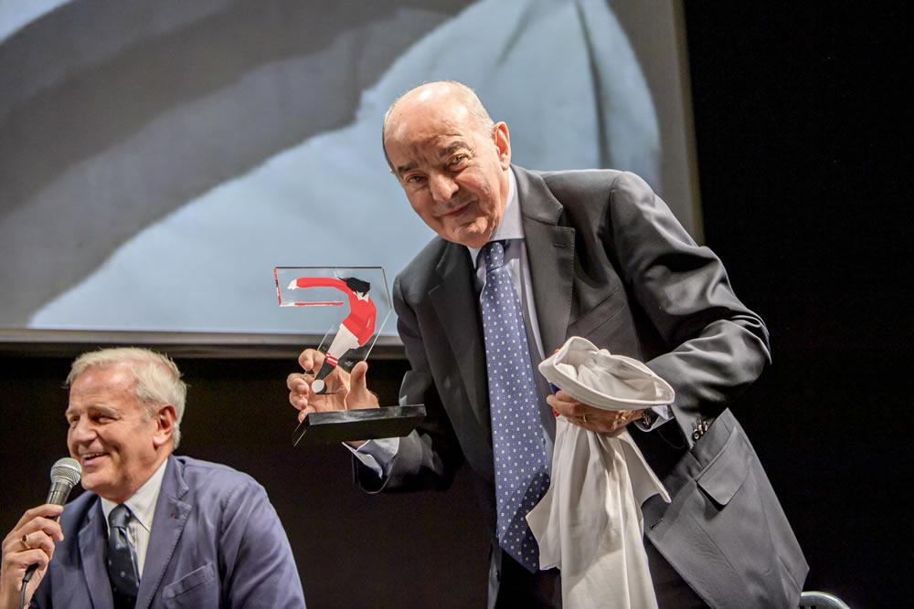 Premio Best a Mario Corso